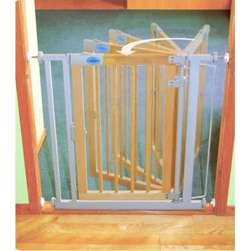Wooden Auto-Close Gate